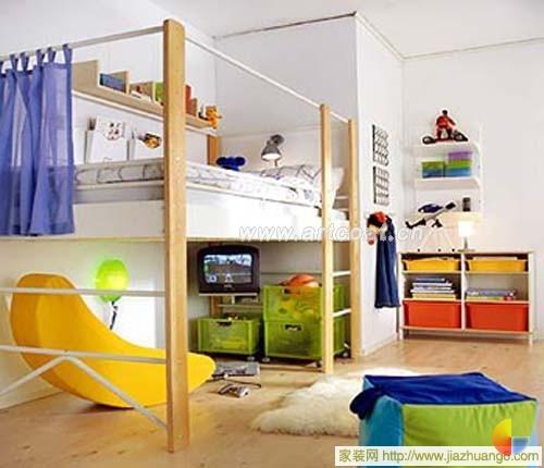 双层儿童床腾出游戏空间